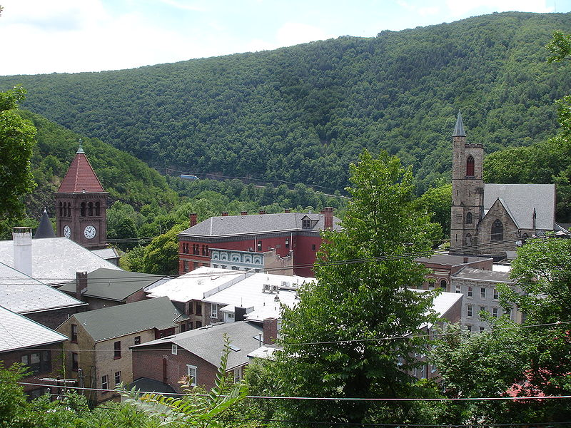 800px-Downtown_Jim_Thorpe